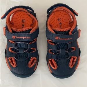 Champion toddler 6 1/2 sandals/water shoes